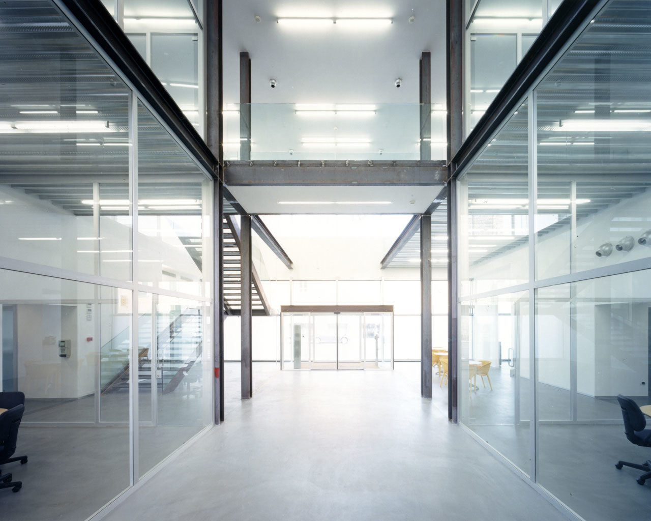 Offices in an existing building, Dalmine, Italy